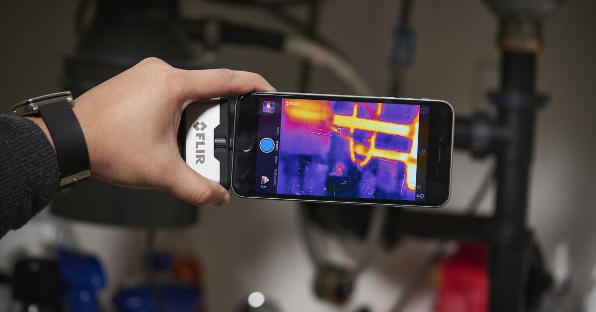 CCTV MAG - New lir thermal cameras - FLIR ONE